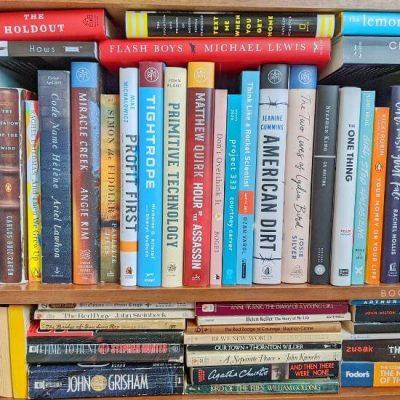 How to Declutter Books - A Cluttered Bookshelf